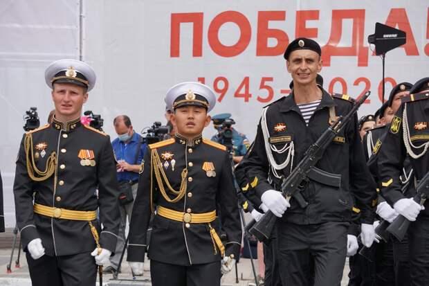 Парады по случаю Дня Победы пройдут в 28 городах РФ