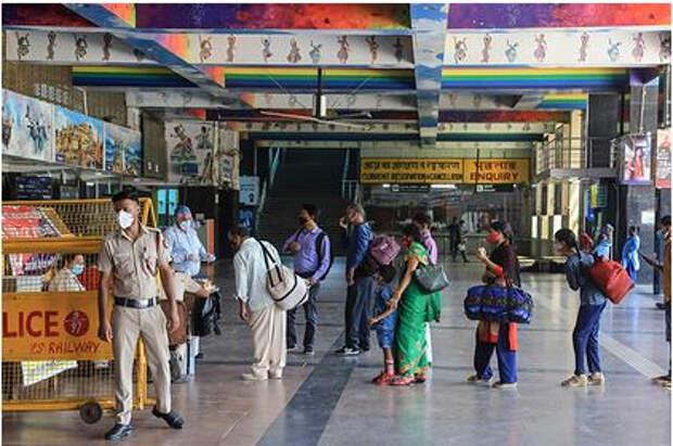 Заразность индийского штамма коронавируса объяснили