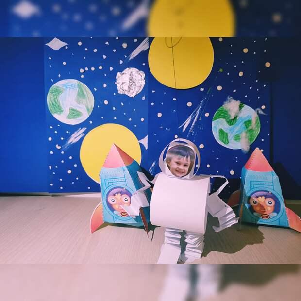 Отмечаем день Космонавтики с помощью декоративно-прикладного искусства