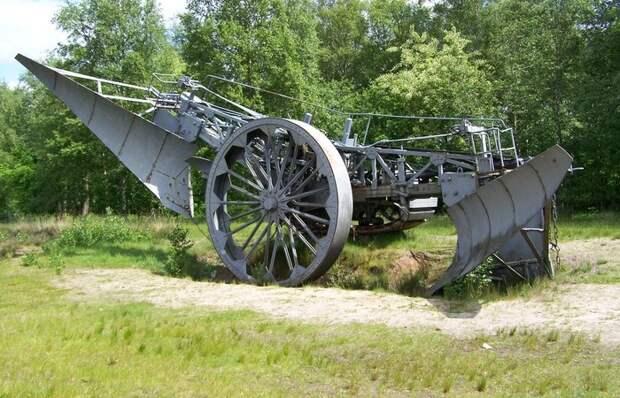 Старый паровик оказался лучше любого дизеля. /Фото: alternathistory.com