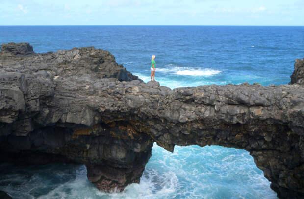 Природный мост на юге Маврикия
