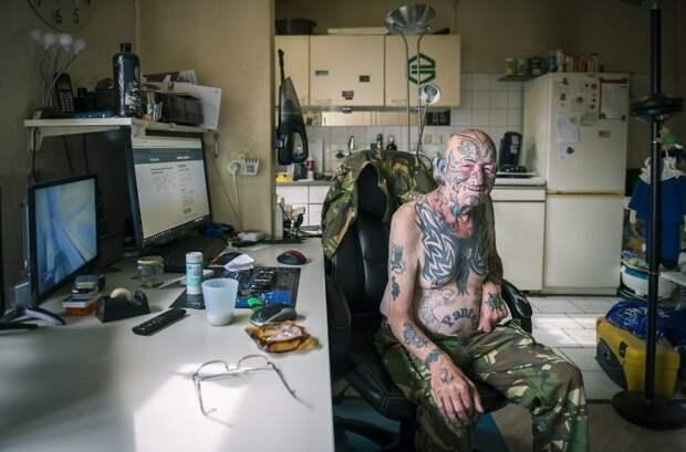 Татуированные старички и старушки в фотопроекте «Возраст тату: никогда не поздно»
