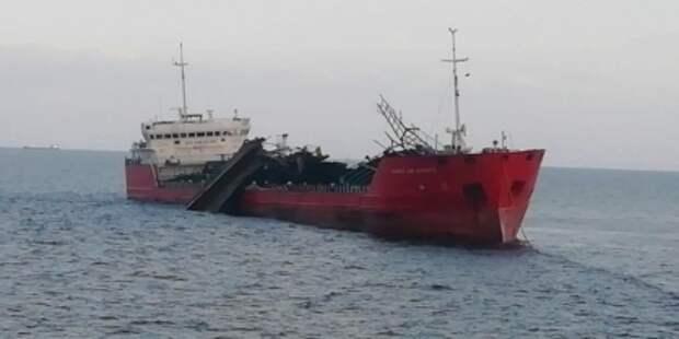 Спасатели прекратили поиск пропавших в Азове моряков