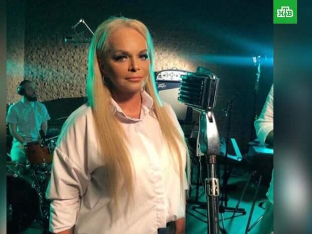 Лариса Долина и Любовь Успенская получили награды от Fashion TV