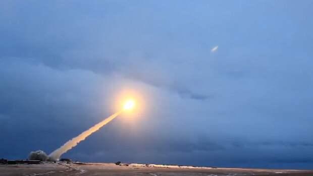 """Британцы оценили российскую ракету, от которой """"трясутся американские политики"""""""