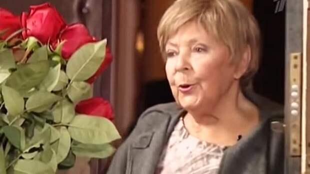 Зоя Зелинская: Все мужчины Ольги Аросевой сперва спивались, а потом умирали