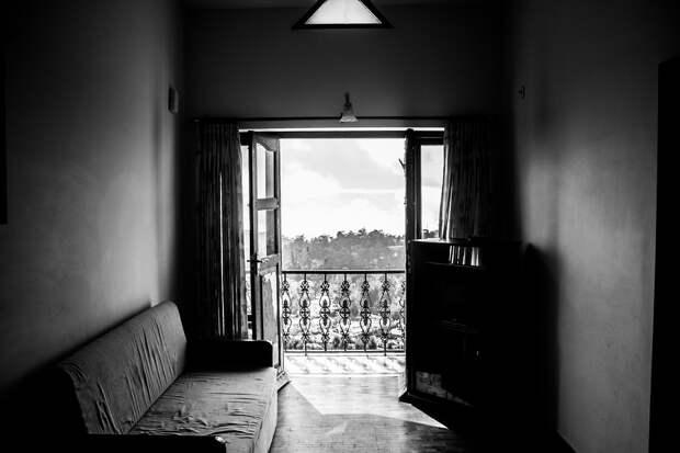 Комната, Коуч, Французское Окно, Балкон, Диван, Главная