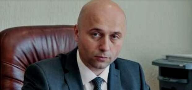 ФСБ задержала замглавы Хакасии Новикова — ему вменяется взяточничество