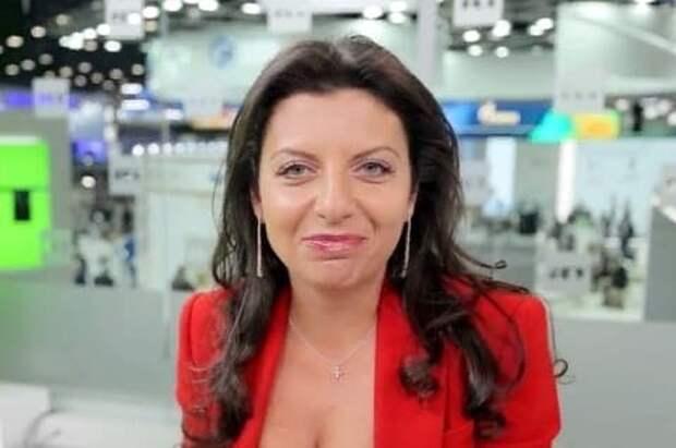 Симоньян призвала массово увольнять врачей за саботаж вакцинации