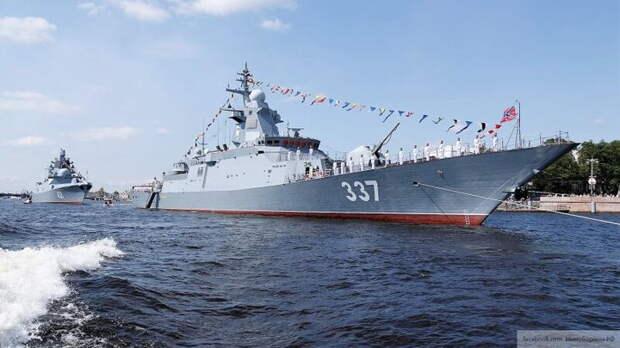 """Морские провокации США вынудили Россию """"обнажить меч, которого боится весь Запад"""""""