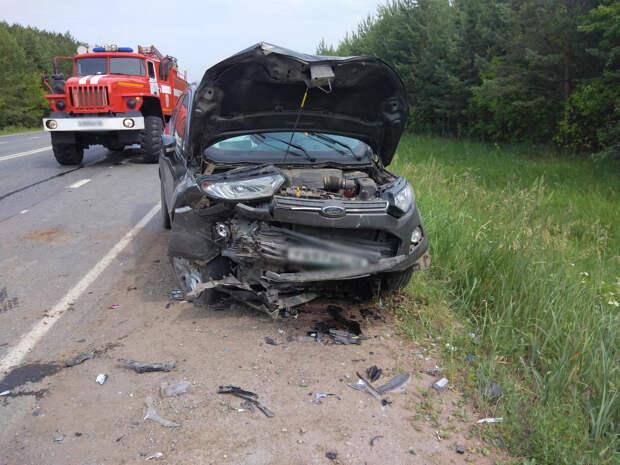 Две иномарки столкнулись под Ижевском: одному из водителей стало плохо
