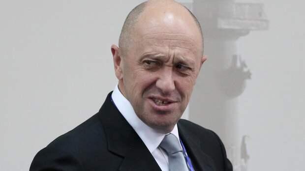 Пригожин отправил журналистов за разъяснением к гуру русского мата Шнурову