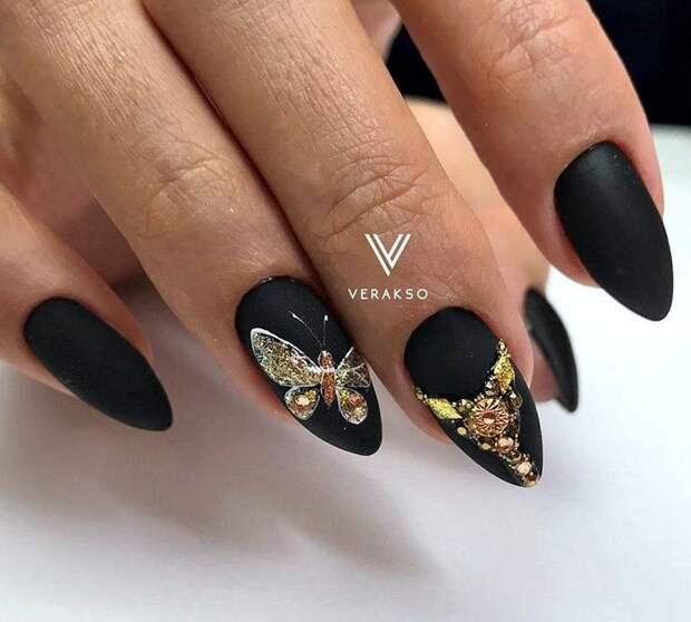 бабочки на ногтях фото 2