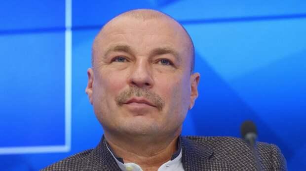 Жулин отреагировал на лидерство сборной России по итогам первого дня командного ЧМ