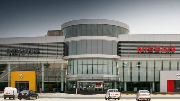 Развод и девичья фамилия: альянс Nissan и Renault может развалиться