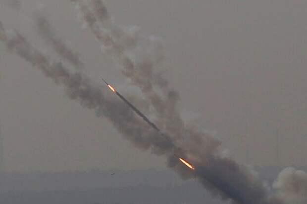 Иран нанес удар по израильскому грузовому судну