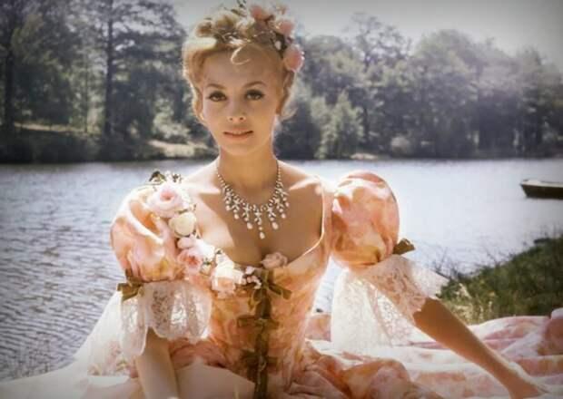 Роскошная Анжелика.