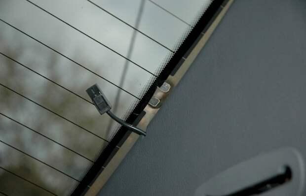 Советы бывалых: зачем летом включать обогрев заднего стекла