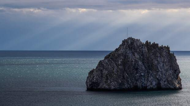 Катер береговой охраны США вышел из акватории Черного моря