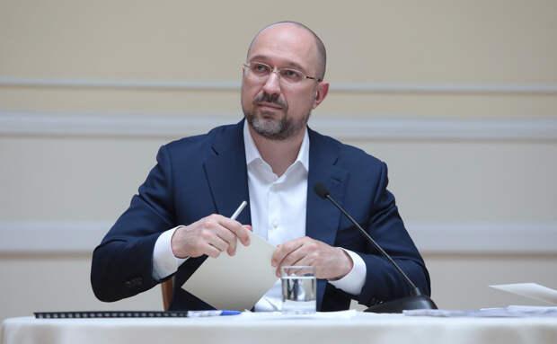 Премьер Украины потребовал от заместителя объяснений за фото с Кадыровым