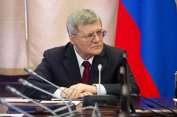 Путин продлил срок госслужбы полпреду в СКФО Чайке