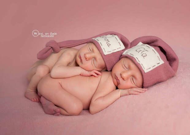 Сладкие сны  близнецы, дети, фотография