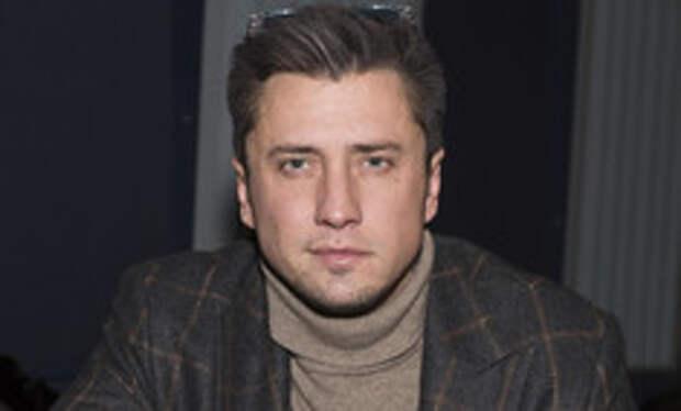 Больше не холостяк: Павел Прилучный перестал скрывать новый роман