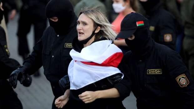 Юлия Витязева: Протесты в Белоруссии – фундамент для конструкции протестов в России