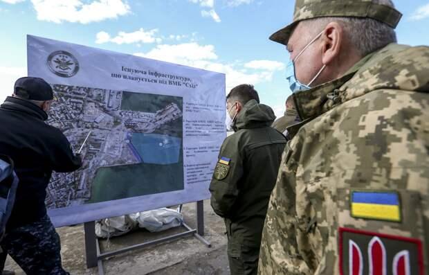 Российский генерал рассказал о планах Украины «протащить» корабли НАТО в Азовское море