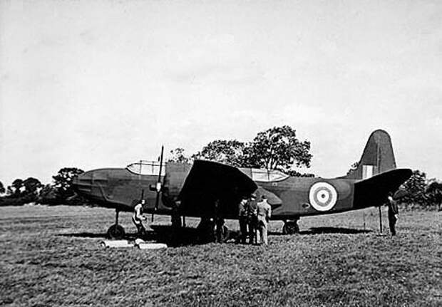 Фиктивный самолет, смоделированный по образцу Дугласа А-20 , октябрь 1943 г.
