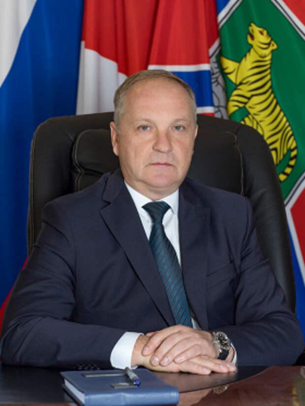 Мэр Владивостока уходит в отставку после критики вице-премьера Трутнева