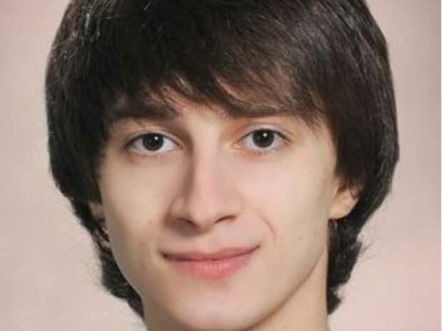 Солист Мариинского театра получил тяжелую черепно-мозговую травму, катаясь на электросамокате