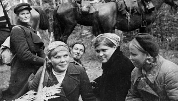 Вот так любовь советских красоток погубила американских лётчиков
