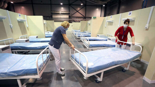 В Петербурге разворачивают более 400 новых коек для пациентов с COVID-19