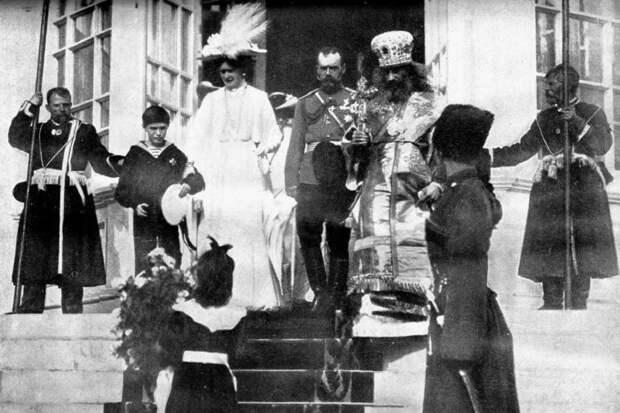 Церковь и Николай II: о сложных отношениях и о том, кому какое до них дело