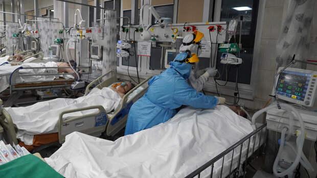 Заболеваемость COVID в России связали с погодой