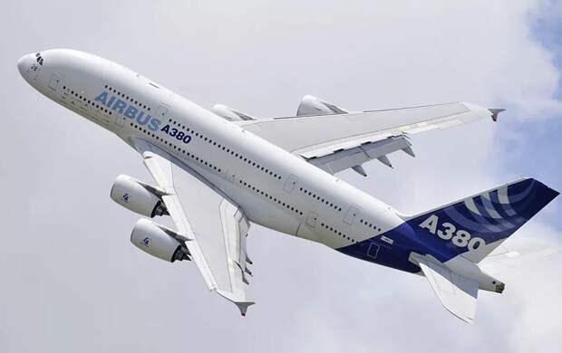 Гиганты больше не нужны: авиакомпании отказываются от Boeing 747 и Airbus A 380