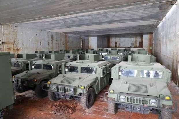 США отправили наДонбасс для ВСУ десятки единиц бронетехники