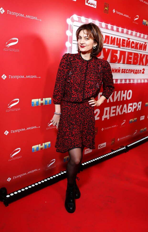 На смену «Ёлкам»: Сергей Бурунов, Рина Гришина и Карина Мишулина