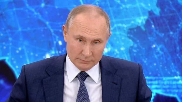 Путин назвал вбросом информацию о передаче спутниковых технологий Тегерану