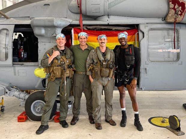 В армии США появился первый гей-экипаж боевого вертолета