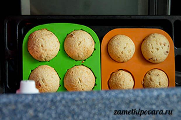 Ромовые кексы с изюмом