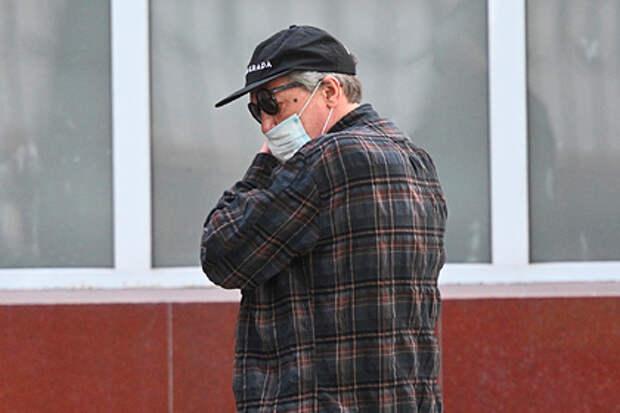 Адвокат рассказал о плохом самочувствии и проблемах с сердцем у Ефремова