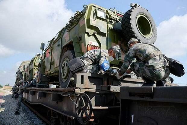 «На столь большое расстояние войска ещё не перевозились»: свыше сотни единиц китайской техники едут на запад России