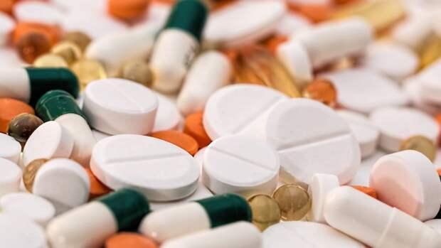 Провокационный анекдот Норкина об аптеке и ибупрофене заставил хохотать студию