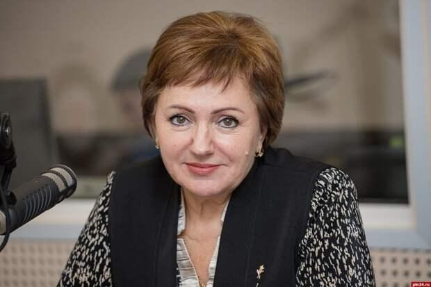 Сенатор Бибикова назвала условия для получения двух пенсий в России