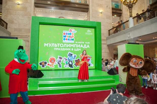 Перед Новым годом на экраны российских телеканалов выйдет новый мультфильм про Чебурашку