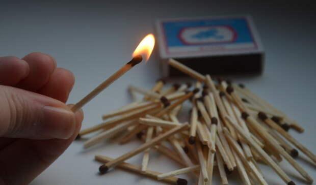В Бузулуке из-за неосторожного обращения с огнем едва не сгорел мужчина