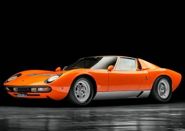 Трудно поверить, что такому дизайну авто уже полвека. /Фото: artebellum.com