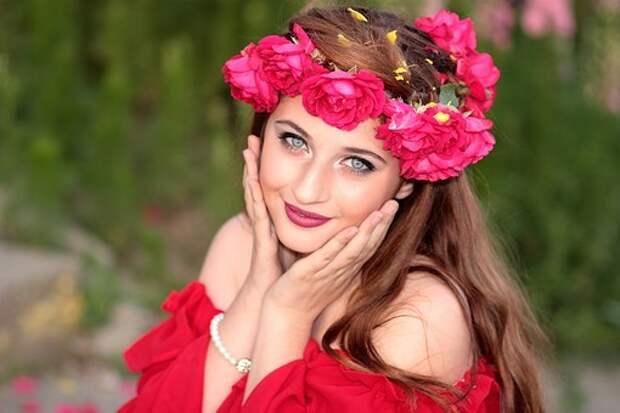 Девушка, Цветы, Венок, Зеленые Глаза